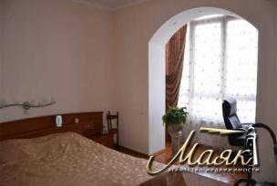 Сдается просторная и светлая 3-комнатная квартира в элитном доме.