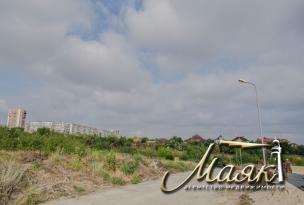 Предлагается к продаже участок на закрытой охраняемой территории в Хортицком районе.