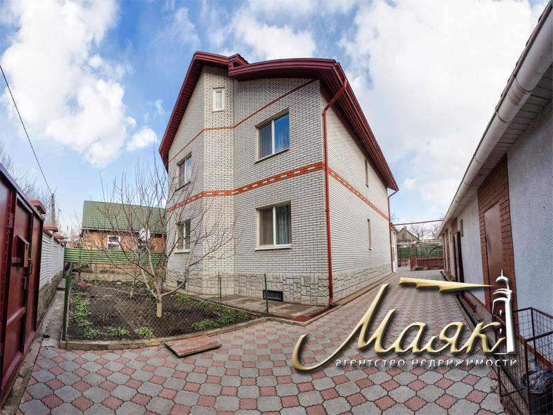 Продажа дома в Шевченковском районе. 2