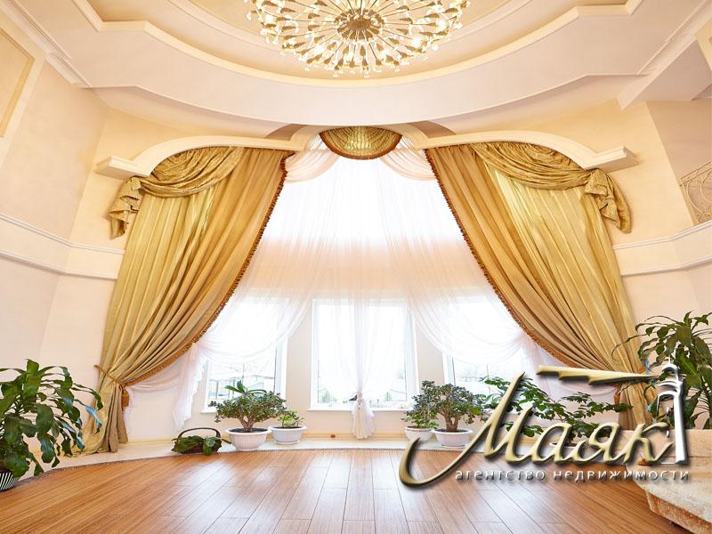 Предлагается к продаже шикарный дом с видом на Днепр. 9