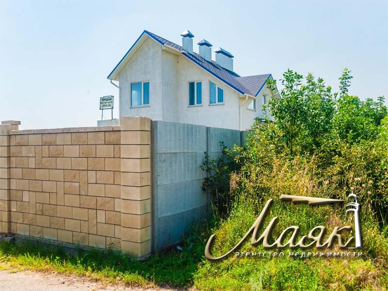 Предлагается к продаже дом в Хортицком районе.
