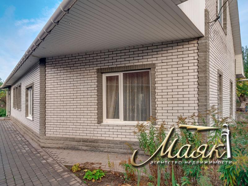 Предлагается к продаже дом в Шевченковском районе.
