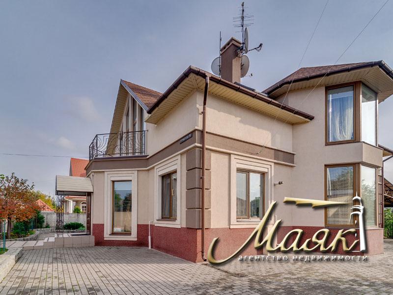 Предлагается дом в Бородинском микрорайоне.