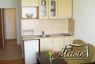 Предлагается к продаже меблированная студия в новом районе города Бургас - Сарафово