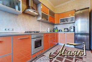 3-х комнатная квартира в Александровском районе.