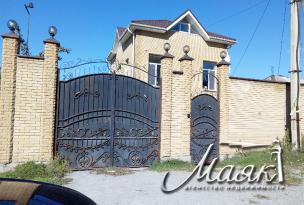 Дом в Коммунарском районе.