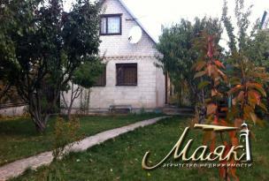 Дачный дом на берегу Днепра в селе Вольнокурьяново.