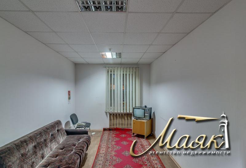Предлагается к продаже отдельно стоящее здание под офис.