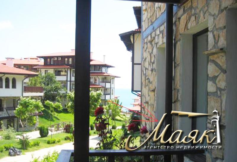 Предлагается к продаже трехкомнатная квартира в элитном курортном комплексе