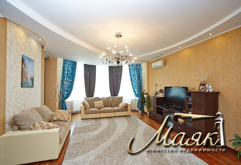 Предлагается к продаже 3-х комнатная в Ленинском районе в элитном новострое, общей площадью 162 м