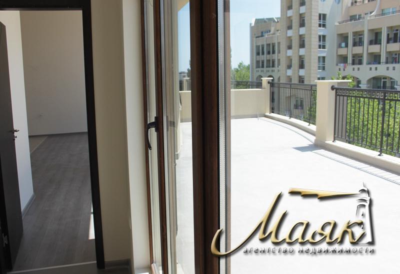 Рады предложить Вам апартаменты и студии в жилом здании, предназначенном для круглогодичного проживания на известном болгарском курорте Поморие