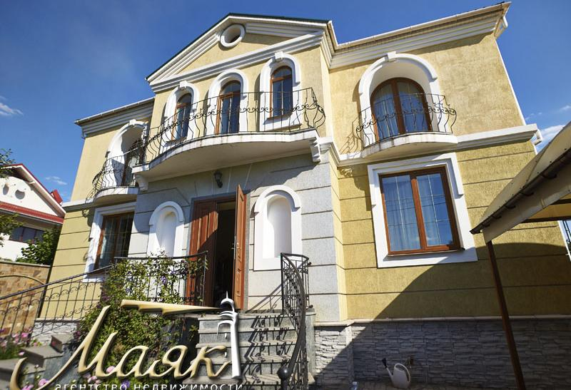 Предлагается к продаже дом в районе бул. Шевченко.