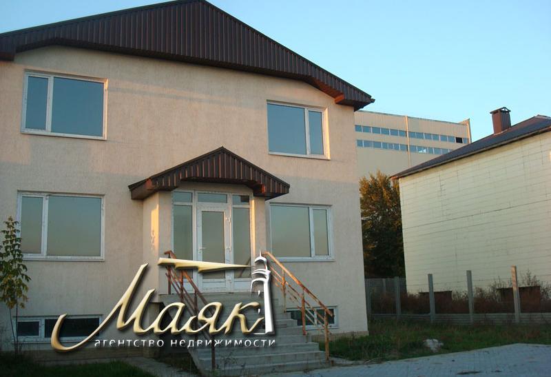 2-х этажный дом в Днепровском районе.