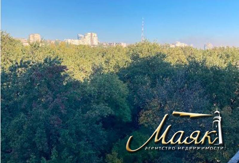 Предлагается к продаже дом без отделочных работ в Бородинском районе.