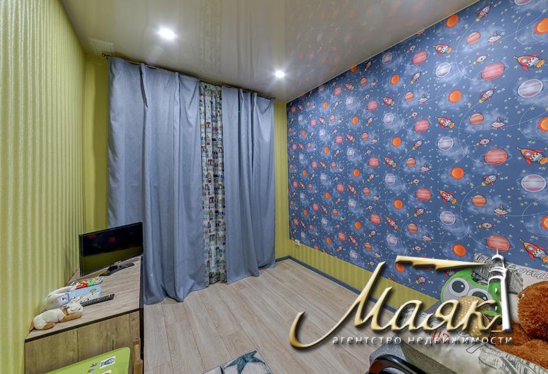 Предлагается в аренду шикарная трехкомнатная квартира в Жовтневом районе