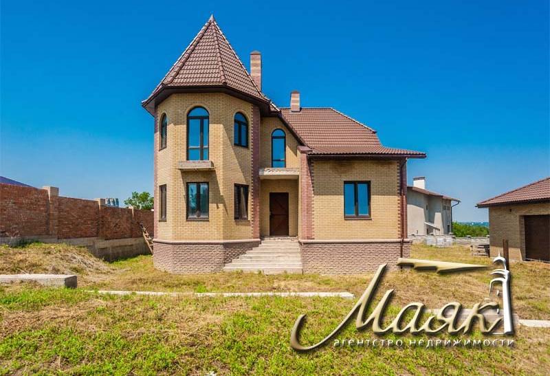 Дом в Хортицком районе, на закрытой охраняемой территории.