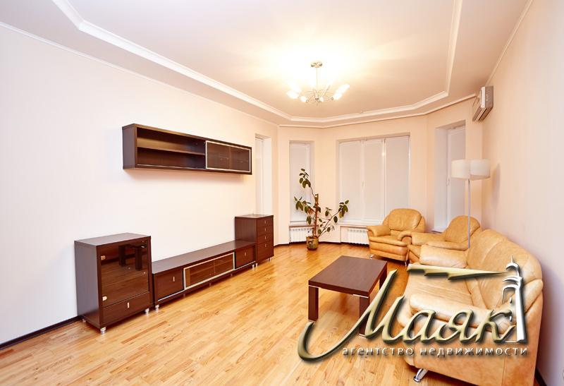 Продается 3-х комнатная квартира в новострое.