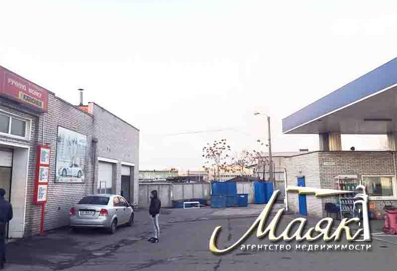 Предлагается к продаже авто мойка в центре города на 4 поста, расположенная на участке 8 соток земли