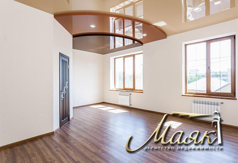 Предлагается в аренду уникальный дом в закрытой и охраняемой коттеджной территории в престижном районе нашего города