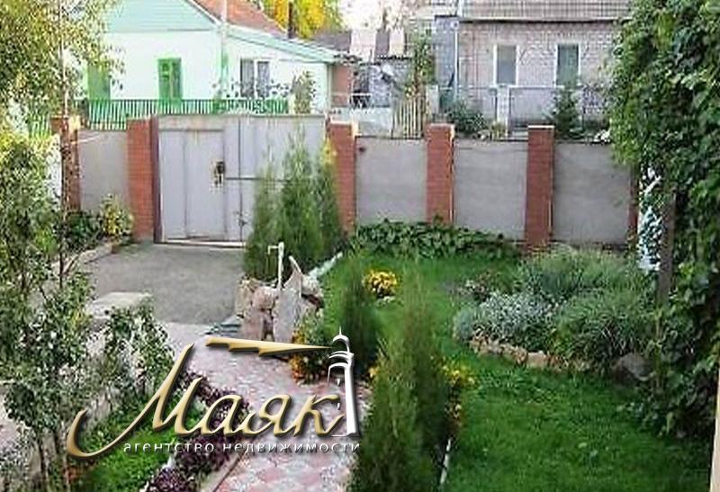 Дом в Шевченковском мкр-не.