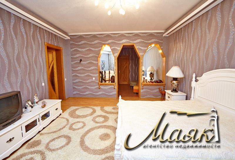Предлагается в аренду дом в самом центре Правого берега (район Правобережного рынка).