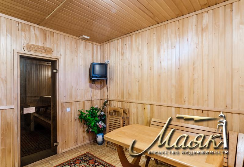 Великолепный дом в Бородинском микрорайоне на закрытой охраняемой территории.