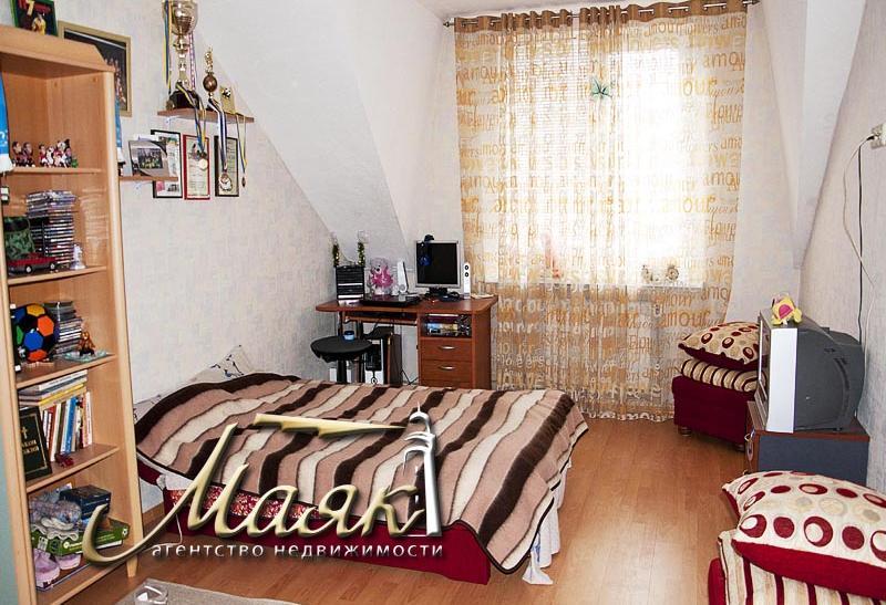 Предлагается к продаже дом в селе Нижняя Хортица.